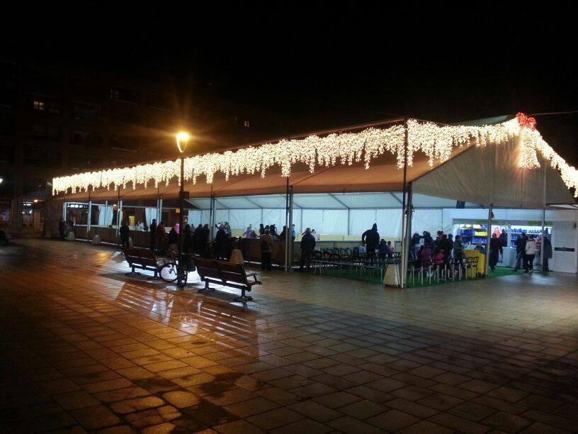 Pista de patinaje en centro comercial h2ocio de rivas - Temperatura rivas vaciamadrid ...