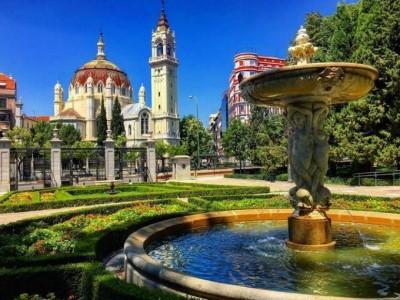 Free tour parque del buen retiro la joya de la corona for Parque del retiro barcas